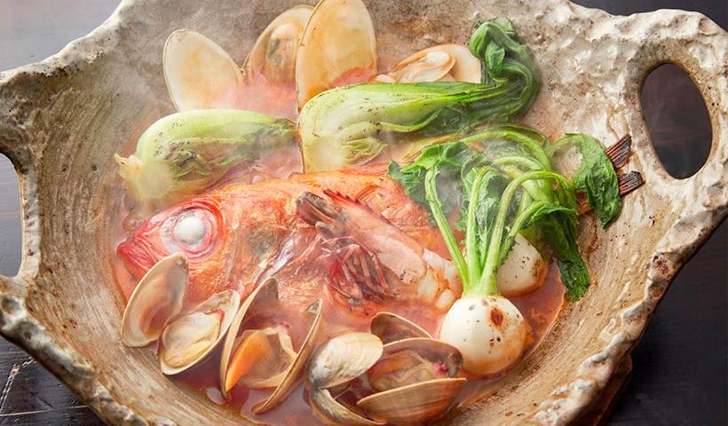 本日のお魚deあじと流シャコスープ仕立てブイヤベース